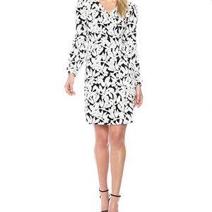 Dresses & Skirts - NWOT Long sleeve wrap dress